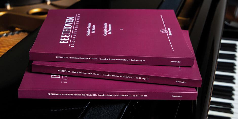 Complete Sonatas for Pianoforte I-III . Beethoven